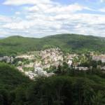Карлові Вари – затишне курортне гніздечко серед лісів Богемії