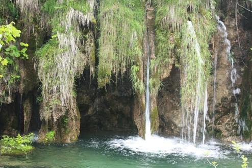Плітвіцькі озера: смарагдові гладі в країні водоспадів…