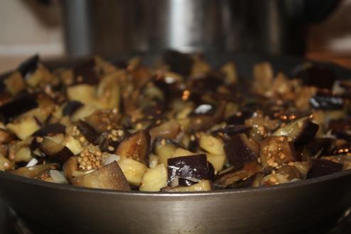 Про корисність синьобоких баклажанів + простий та смачний рецепт